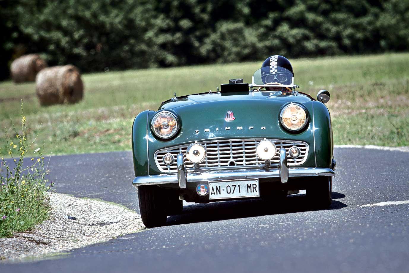 Slide-01-Triumph-TR-