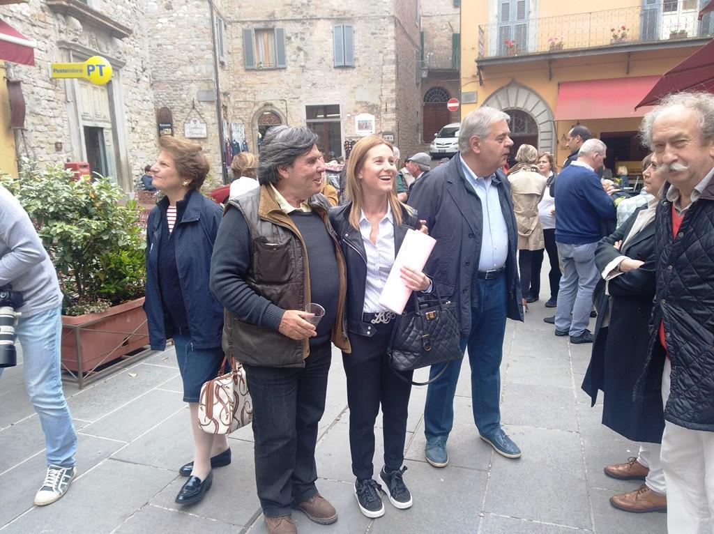 Sergio Arci con l'Assessore al Turismo di Montone Roberta