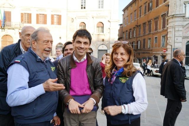 Roberto, il Sindaco di Perugia avv. Andrea Romizi e Maddalena